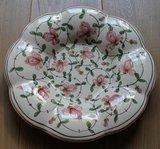Oud brocante wandbord, kussenbord met roze bloemen_