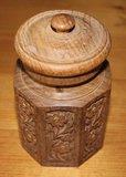 Oud snijwerk houten doosje met deksel, 8 hoek_