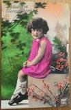 Oude ansichtkaart vintage meisje Hartelijk Gefeliciteerd_