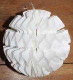 2 Papieren 3D ijs-/sneeuwkristallen witte honeycombs_