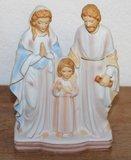 Oud brocante beeldje heilig gezin in pastel bisque_