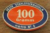 Oud brocante rood blauw ovaal speldenblikje 100 gr._