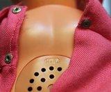 Antieke vintage brocante pop gemerkt Hero m geluid L 38 cm_