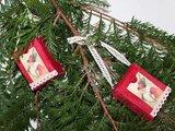 Brocante kerstdecoratie rood fluweel doosje vintage dame_