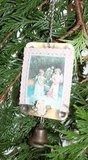 Brocante kerstdecoratie metalen vintage hanger engeltjes & bel_