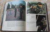 Vintage boek Vlucht door de tijd 75 jaar Nederlandse Luchtmacht_
