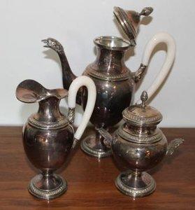 Oude vintage brocante verzilverde koffieset met zwaan tuit