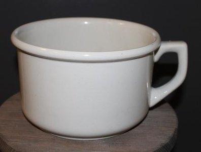 Oude witte po van keramiek (VEB)