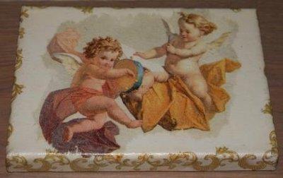 Brocante schilderijtje met 2 muziek engeltjes