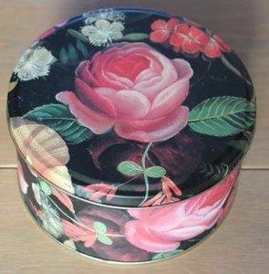Brocante blikje, rond met roze roos en bloemen