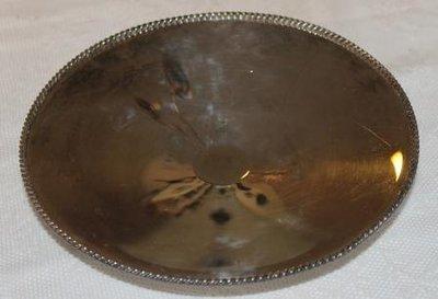 Oude verzilverde ronde schaal