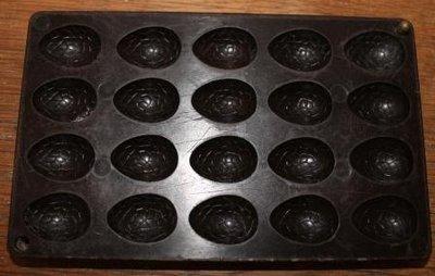 Oude paaseitjes chocoladevorm (mal) bakeliet