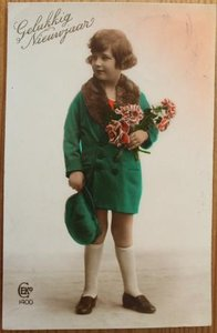 Oude ansichtkaart Gelukkig nieuwjaar meisje in groen