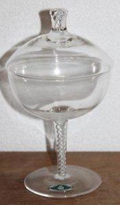 Brocante kristallen dekselcoupes gedraaid glas in pootje