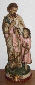 Groot oud brocante heiligenbeeld in oudroze