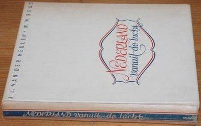 Oud boek Nederland vanuit de lucht, foto's jr '40