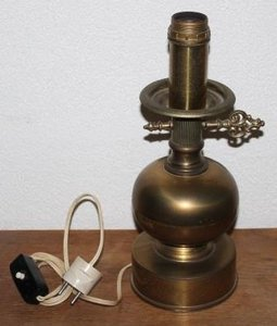 Oude brocante koperen staande lampenvoet