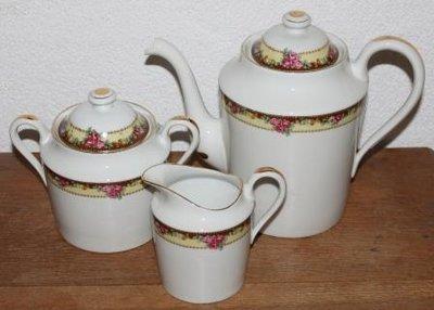 Oud Frans brocante koffie-/theeservies roze roosjes