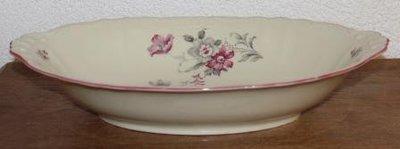 Oude brocante diepe ovale serveerschaal roze grijze bloemen