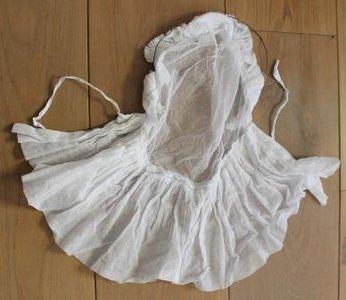 Antiek oud brocante witte kanten gazen mutsje, bonnet