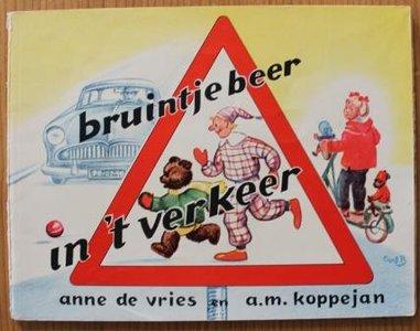 Oud brocante schoolboekje Bruintje Beer in 't verkeer dl 1