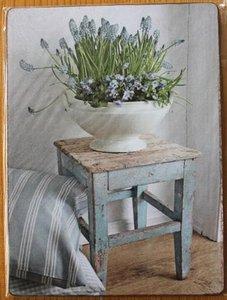 Nostalgisch brocante prentje blauwe druifjes op houten bordje