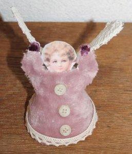 Brocante kerstdecoratie vintage engeltje in roze met kant