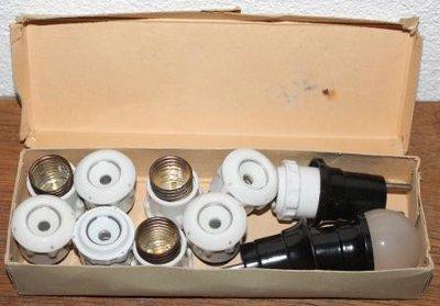 Doosje vintage brocante stoppen knoppen, stekkerlampen
