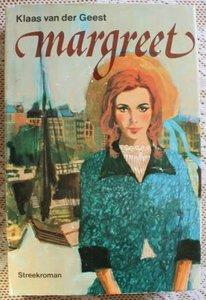 Vintage brocante boek Margreet, streekroman nr. 7 Groningen