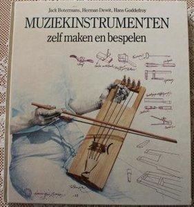 Vintage brocante hobbyboek Muziekinstrumenten zelf maken en bespelen