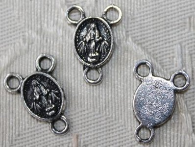 Bedeltje, tussenstukje heilige, mini, zilverkleurig metaal