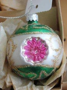Vintage brocante glazen deukballen kerstballen fuchsia roze groene zilveren glitters